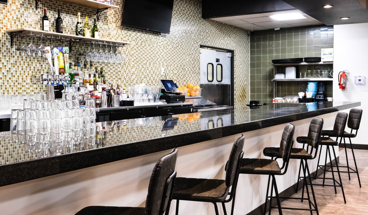 The bar at Served Global Dining