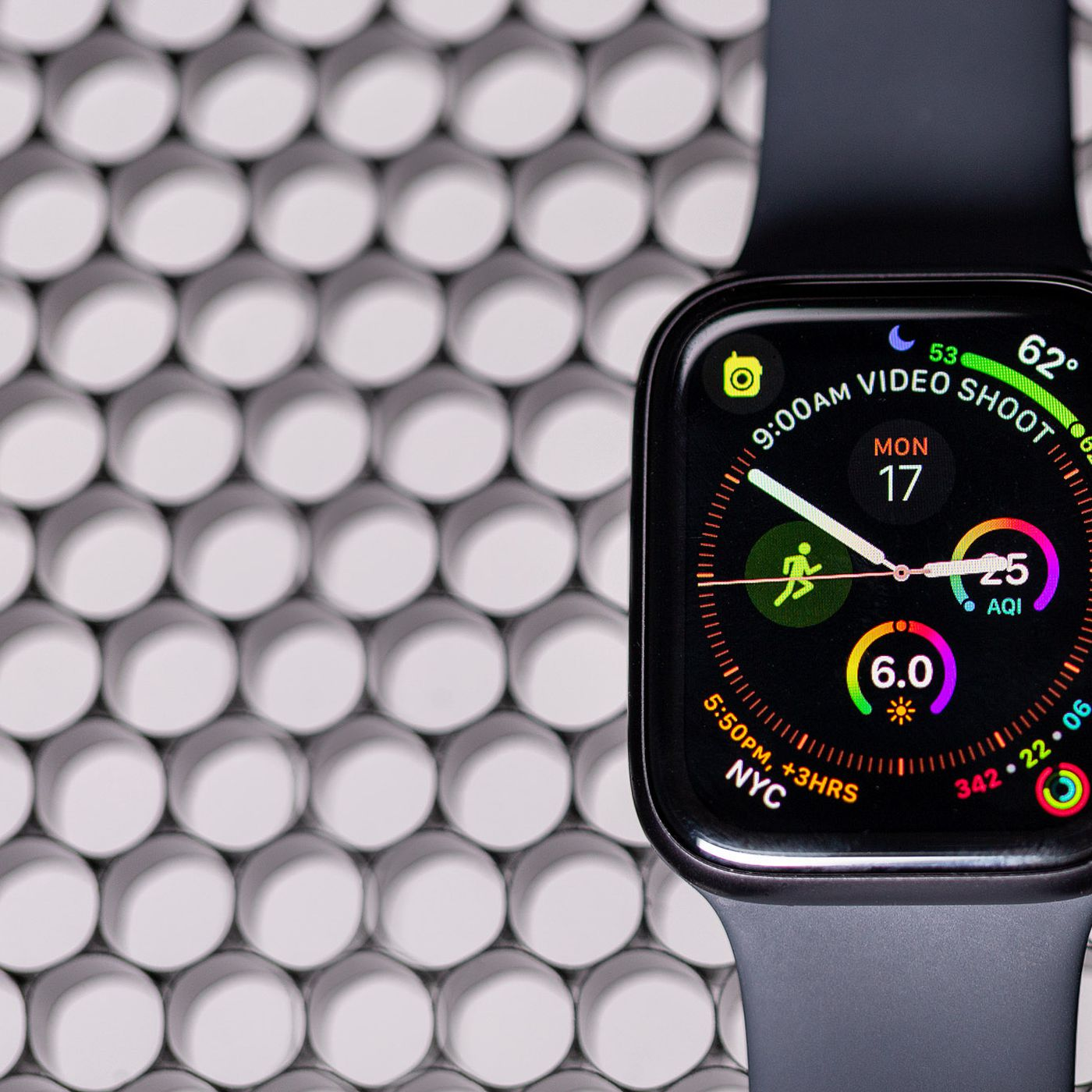 Apple brings Walkie Talkie back to the Apple Watch - The Verge