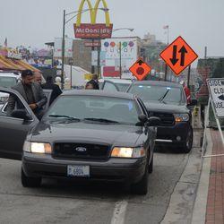 3:51 p.m. Motorcade picking up a VIP, on Clark Street -