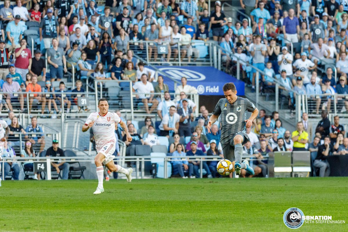 September 15, 2019 - Saint Paul, Minnesota, United States - Minnesota United midfielder Ethan Finlay (13) traps the ball during the match against Real Salt Lake at Allianz Field.