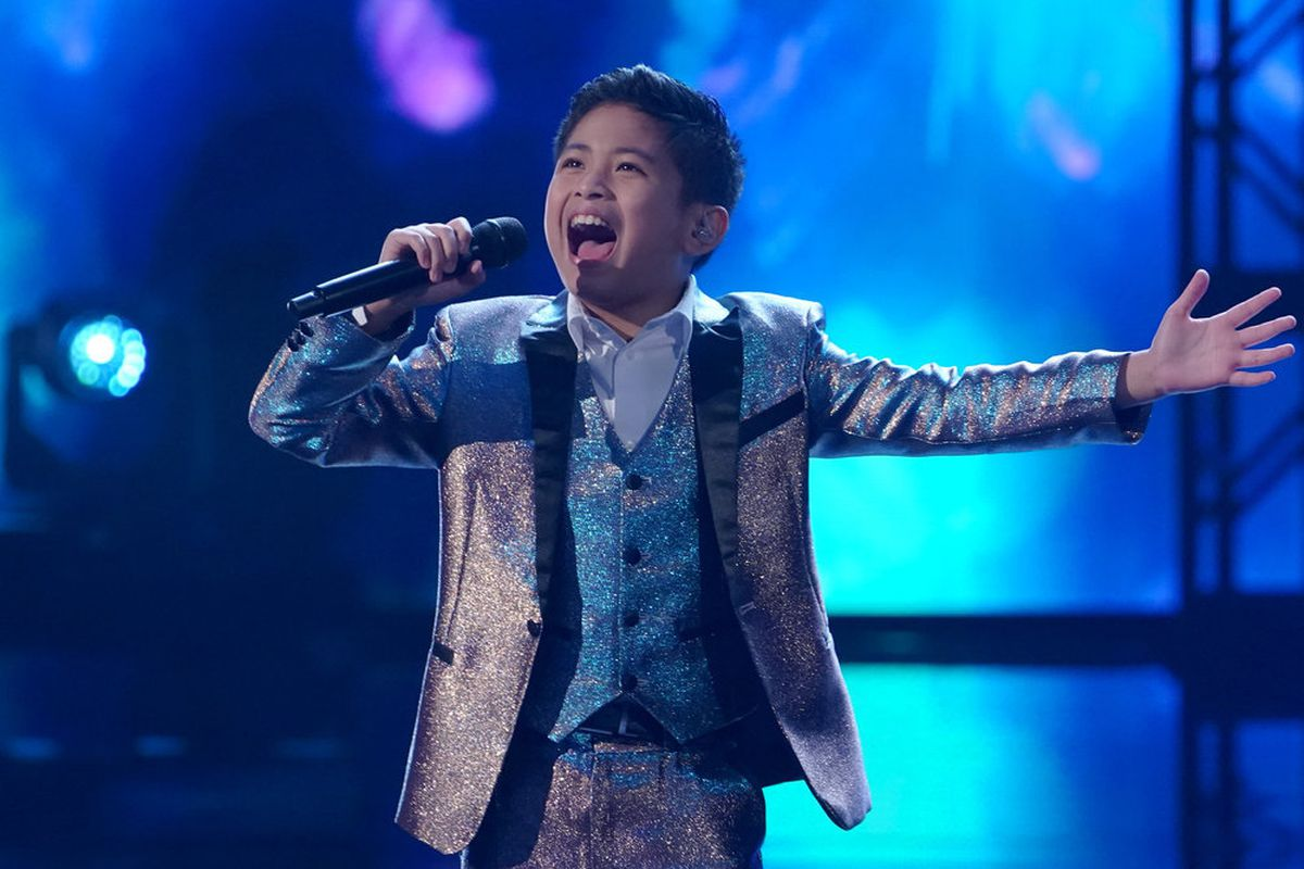 "Peter Rosalita performs on ""America's Got Talent."""