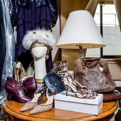 Vintage-glam accessories