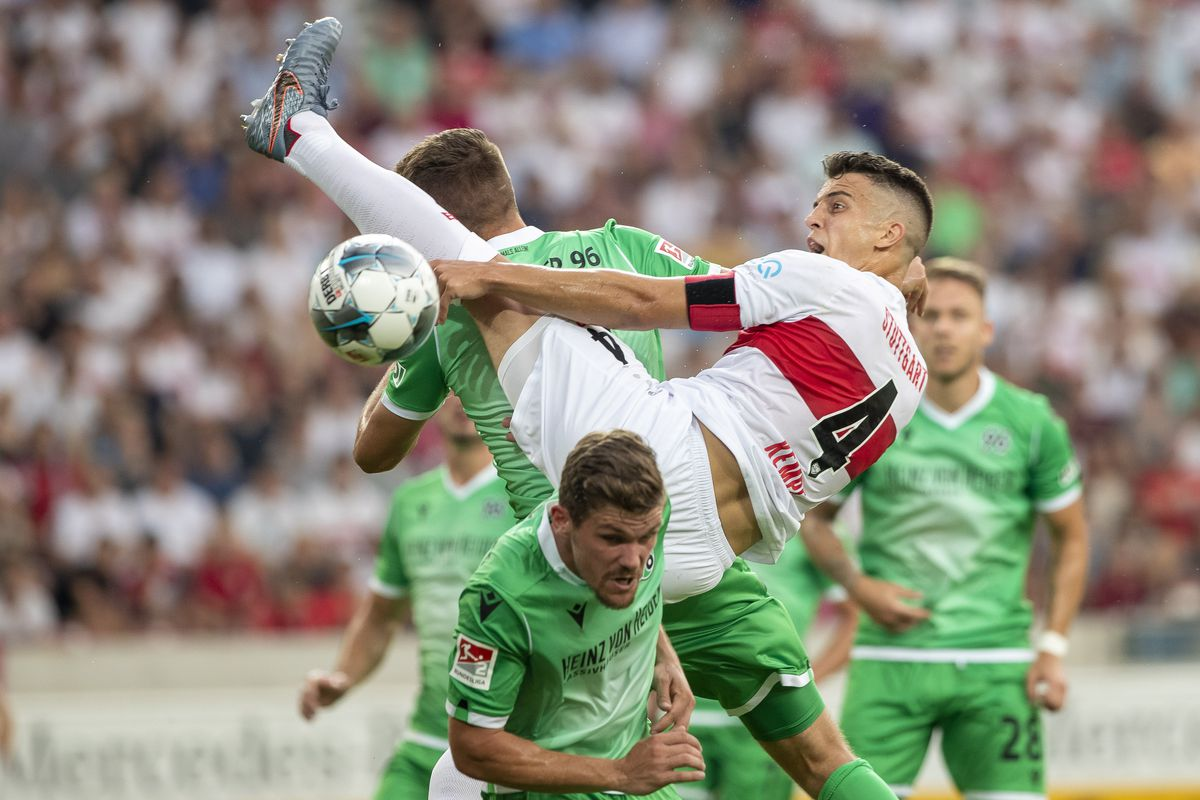 VfB Stuttgart v Hannover 96 - Second Bundesliga