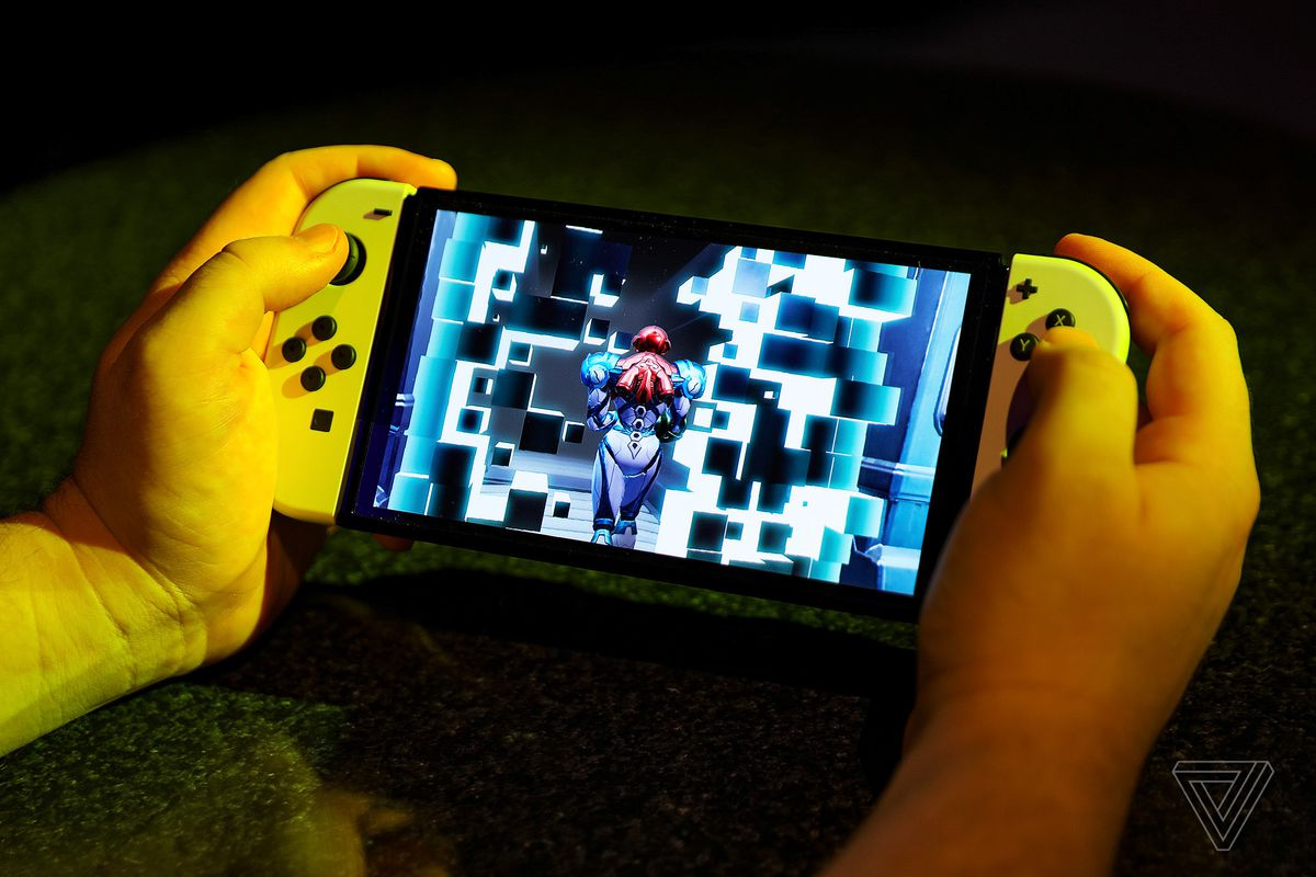 Metroid Dread feels right at home on Nintendo's new OLED Switch