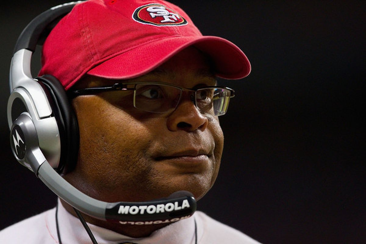 ST. LOUIS MO - DECEMBER 26: Head coach Mike Singletary of the San Francisco 49ers looks on from the sideline at the Edward Jones Dome on December 26 2010 in St. Louis Missouri. The Rams beat the 49ers 25-17. (Photo by Dilip Vishwanat/Getty Images)
