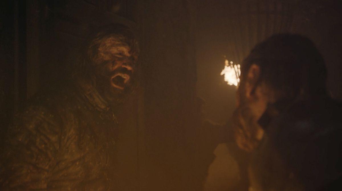 Game of Thrones S08E03 effrayé par le chien