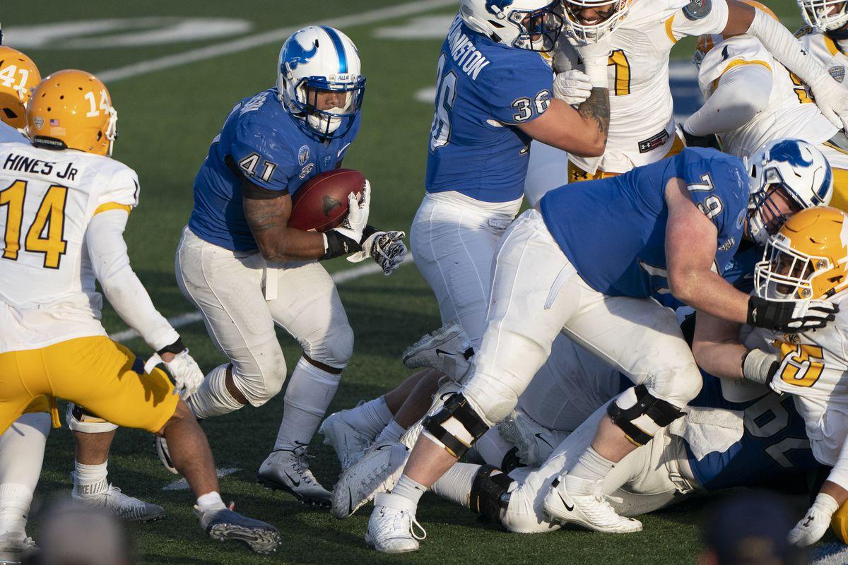 COLLEGE FOOTBALL: NOV 28 Kent State at Buffalo