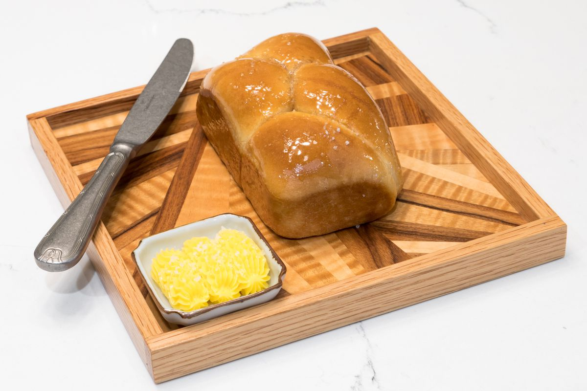 Bread and cultured butter from Le Fantastique