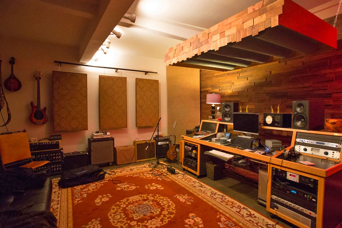 inside the underground world of la u0027s home recording studios