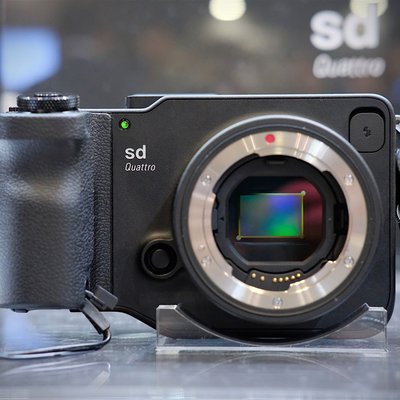 The new Sigma Quattro is the oddest camera since the last Sigma