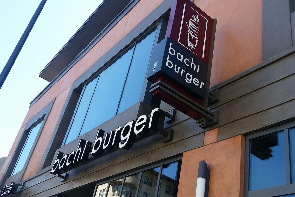 Bachi Burger, Pasadena