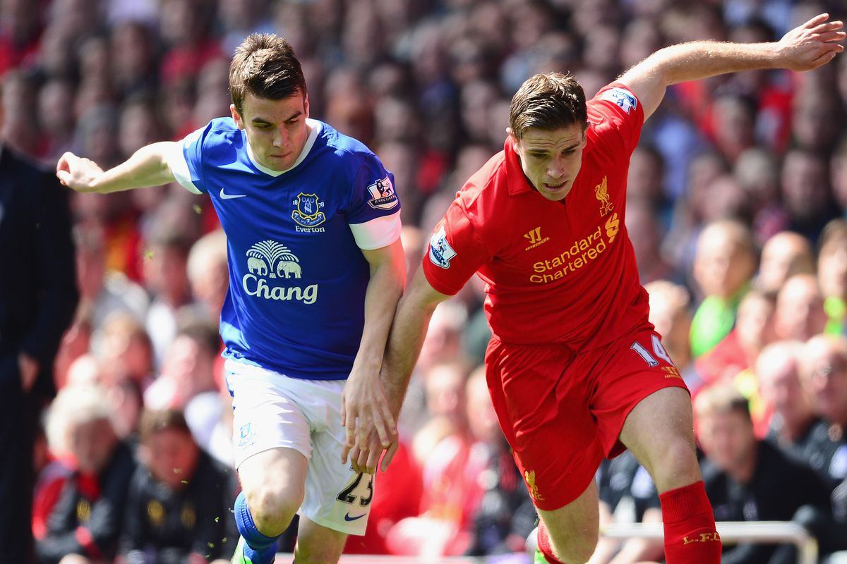 Seamus Coleman battles with Jordan Henderson in last years Merseyside derby, a battle likely to happen again come 12pm Saturday