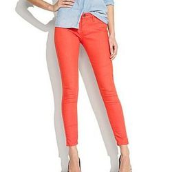 "<b>BlankNYC</b> skinny jeans, $88 at <a href=""http://www.madewell.com/madewell_category/DENIM/skinnyskinny/PRDOVR~78490/78490.jsp"">Madewell</a>."
