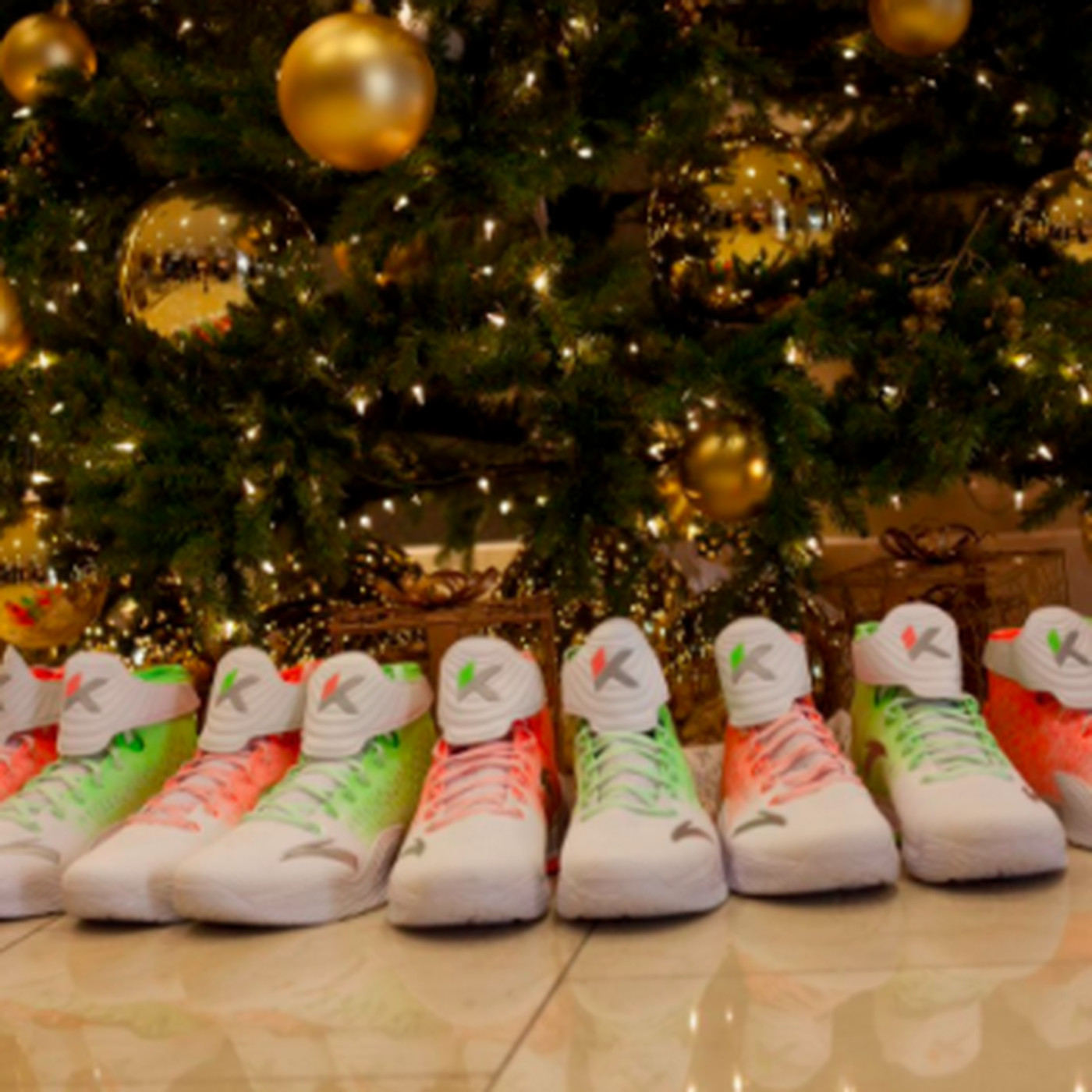 Christmas Shoe Tree.Nba Christmas 2017 Shoes Every Special Edition Worn By