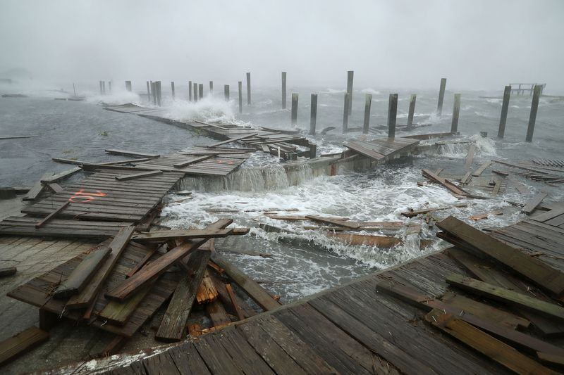 GettyImages_1032891040 Photos: what Hurricane Florence's destruction looks like on the ground
