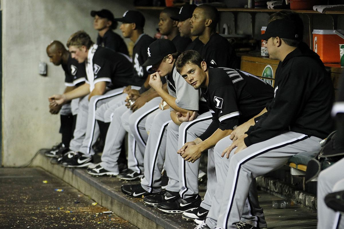 The White Sox dugout is a mourners' row.