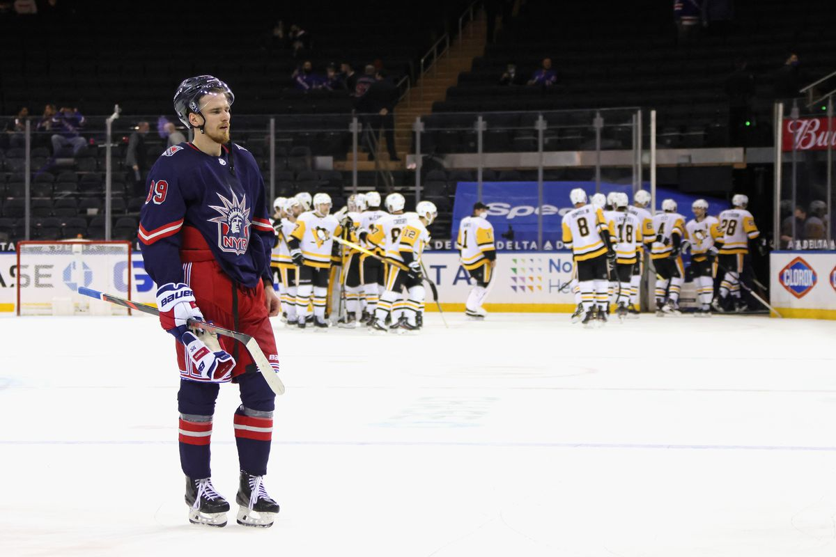 Pittsburgh Penguins v New York Rangers