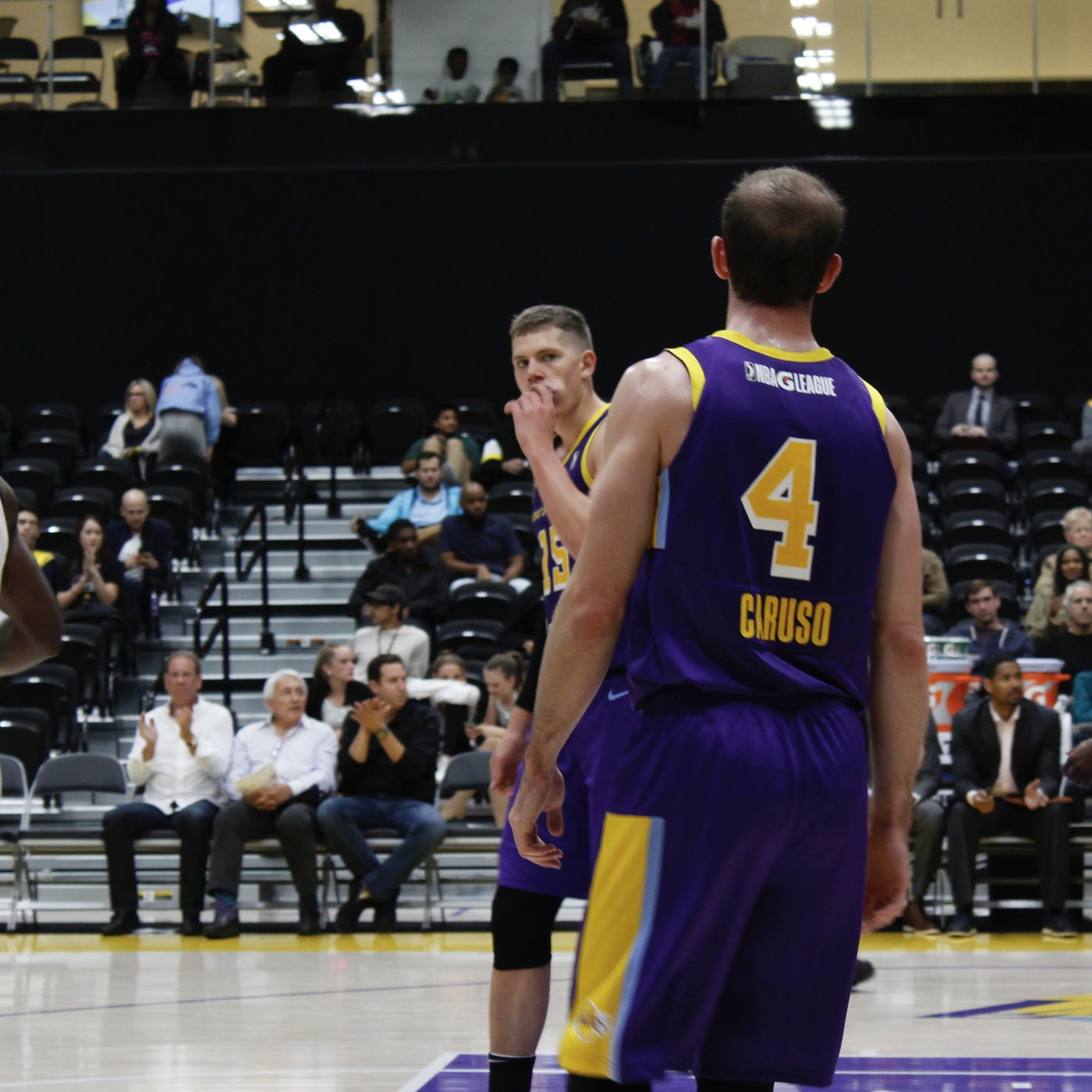 8fd0058cec3f Alex Caruso hits game-winner as Svi Mykhailiuk impresses in South Bay  Lakers debut - Silver Screen and Roll