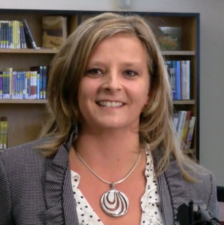 Lisa Suomi, O'Connell Middle School teacher