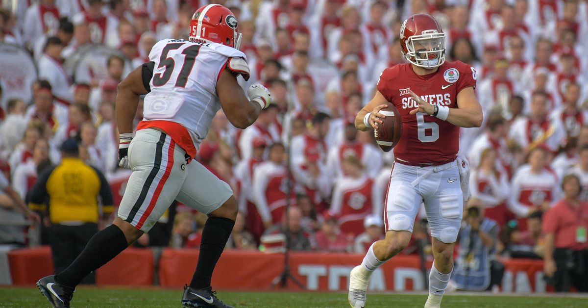 Hot Links: Heisman statues for Mayfield & Murray, an alternate CFB universe, and more!