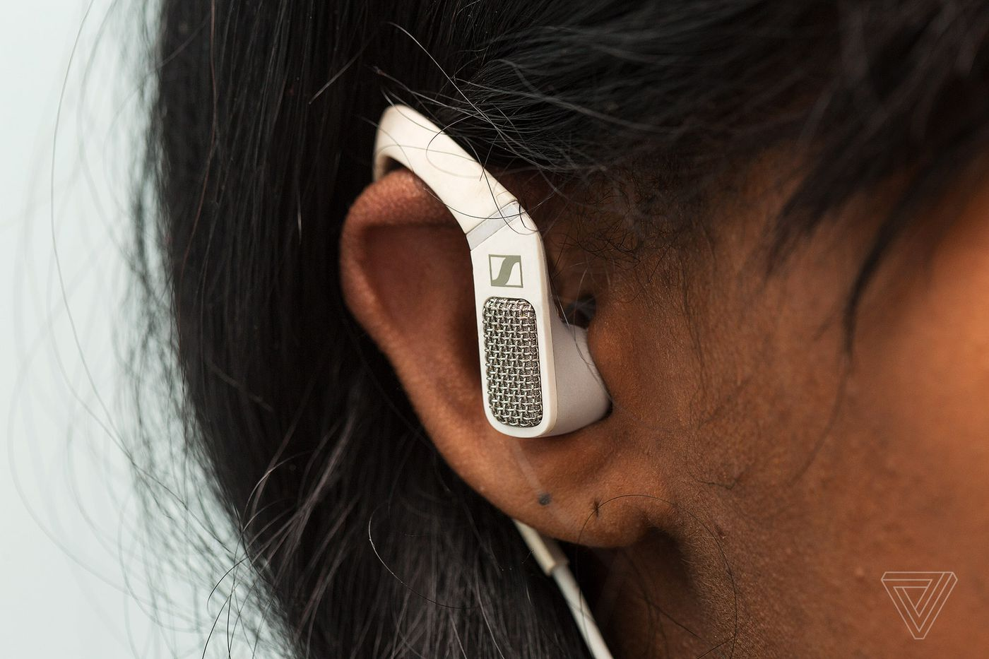 Sennheiser Ambeo smart headset review: amazing, for the few