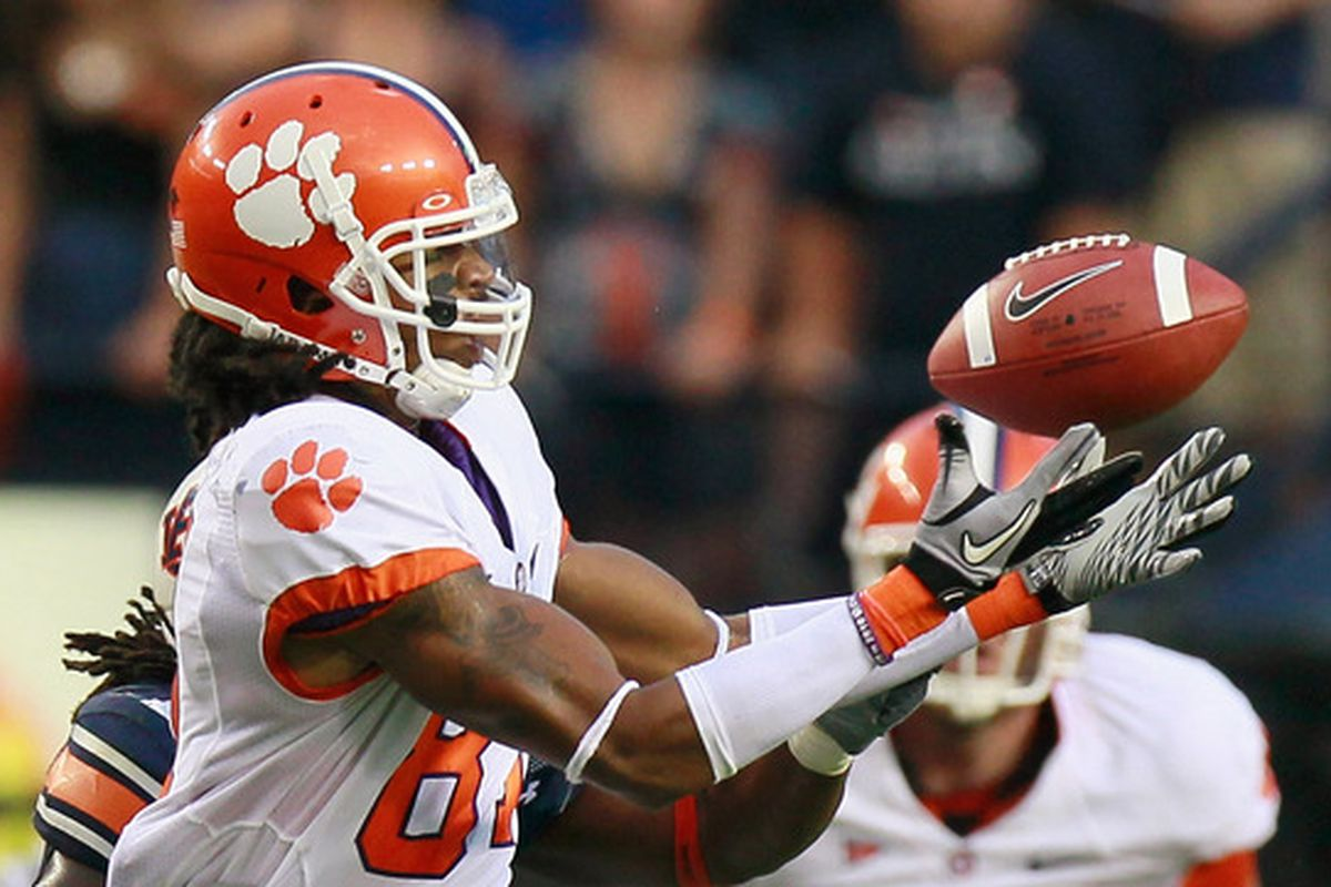 AUBURN AL - SEPTEMBER 18:  Terrance Ashe #87 of the Clemson Tigers fails to pull in this reception against Josh Bynes #17 of the Auburn Tigers at Jordan-Hare Stadium on September 18 2010 in Auburn Alabama.  (Photo by Kevin C. Cox/Getty Images)