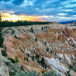 Fourth stop...Bryce Canyon, hoodoos, hoodoos everywhere ! Amazing sunrise and sunset.. We loved this place !