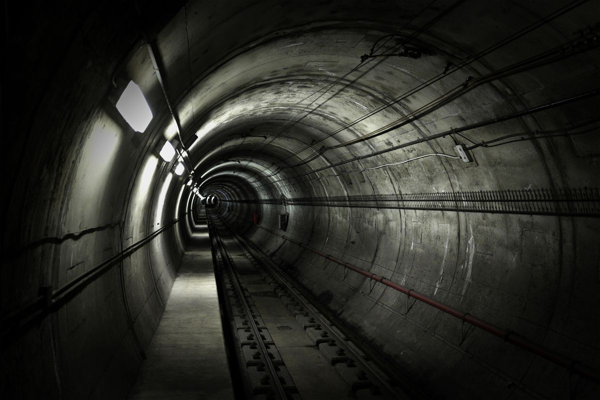 How vulnerable are NYC's underwater subway tunnels to