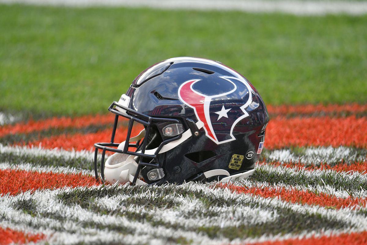 Houston Texans v Cleveland Browns