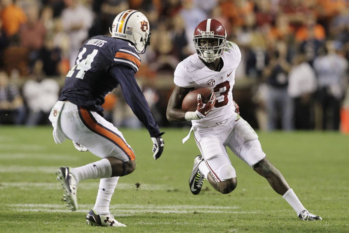 Calvin Ridley and the defending champion Crimson Tide top the first AP Poll of the season.