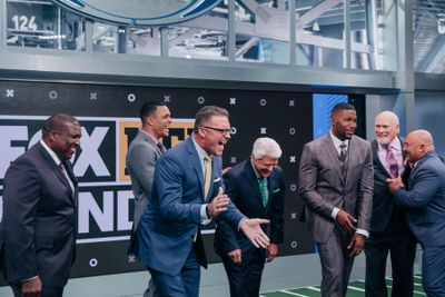 image001  1  - Football and family go hand in hand for FOX NFL Sunday's Howie Long