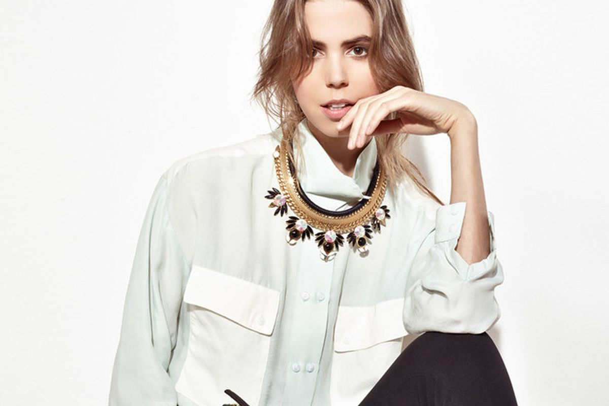 "Photo: <a href=""http://shop.lizziefortunato.com/collections/necklaces/products/jet-set-necklace"">Lizzie Fortunato</a>"