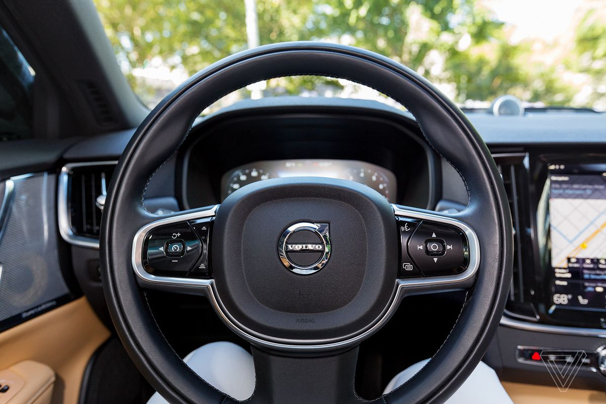 Volvo is limiting its cars to a top speed of 112 mph - The Verge