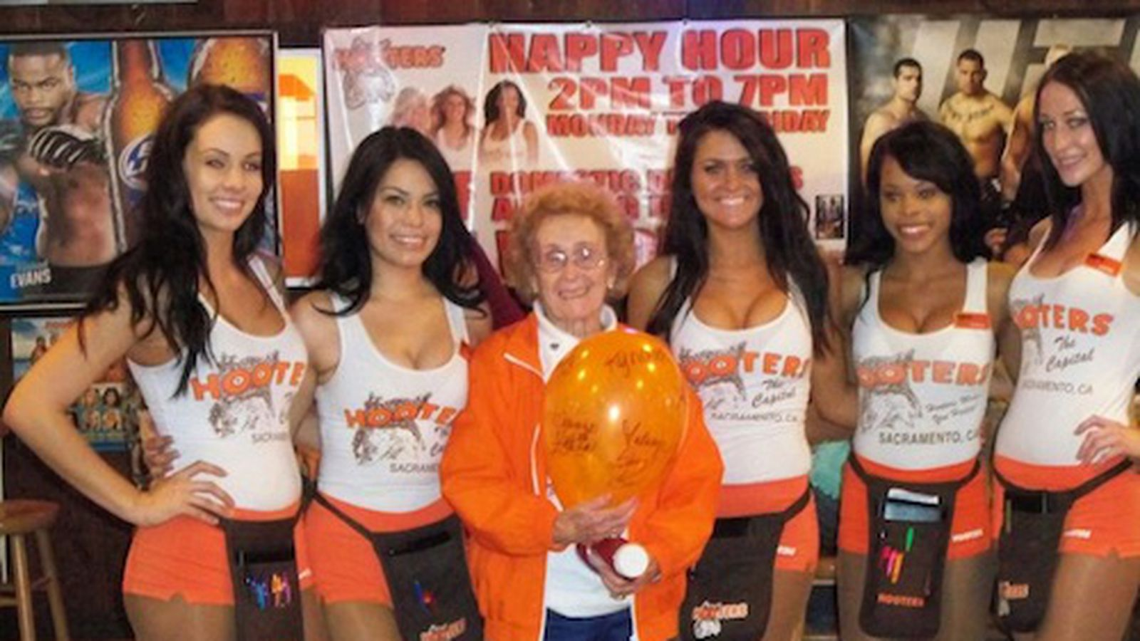 mothers day hooters 2019