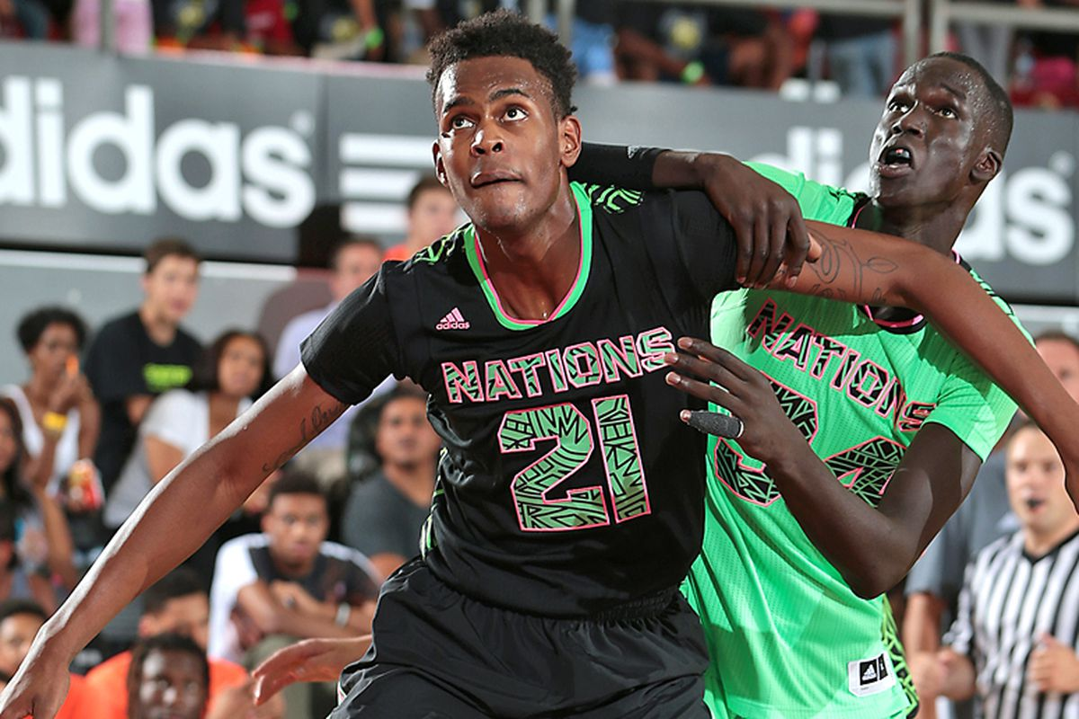 5-star Dewan Huell (black #21) is the biggest recruit for Canes Hoops in more than a decade