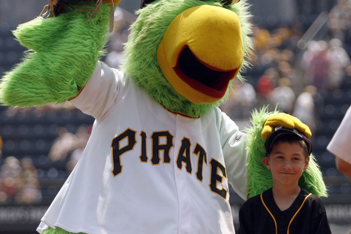 """""""...and this is your brain on drugs."""" The Pittsburgh Parrot in (hopefully) less cocaine-fueled days."""