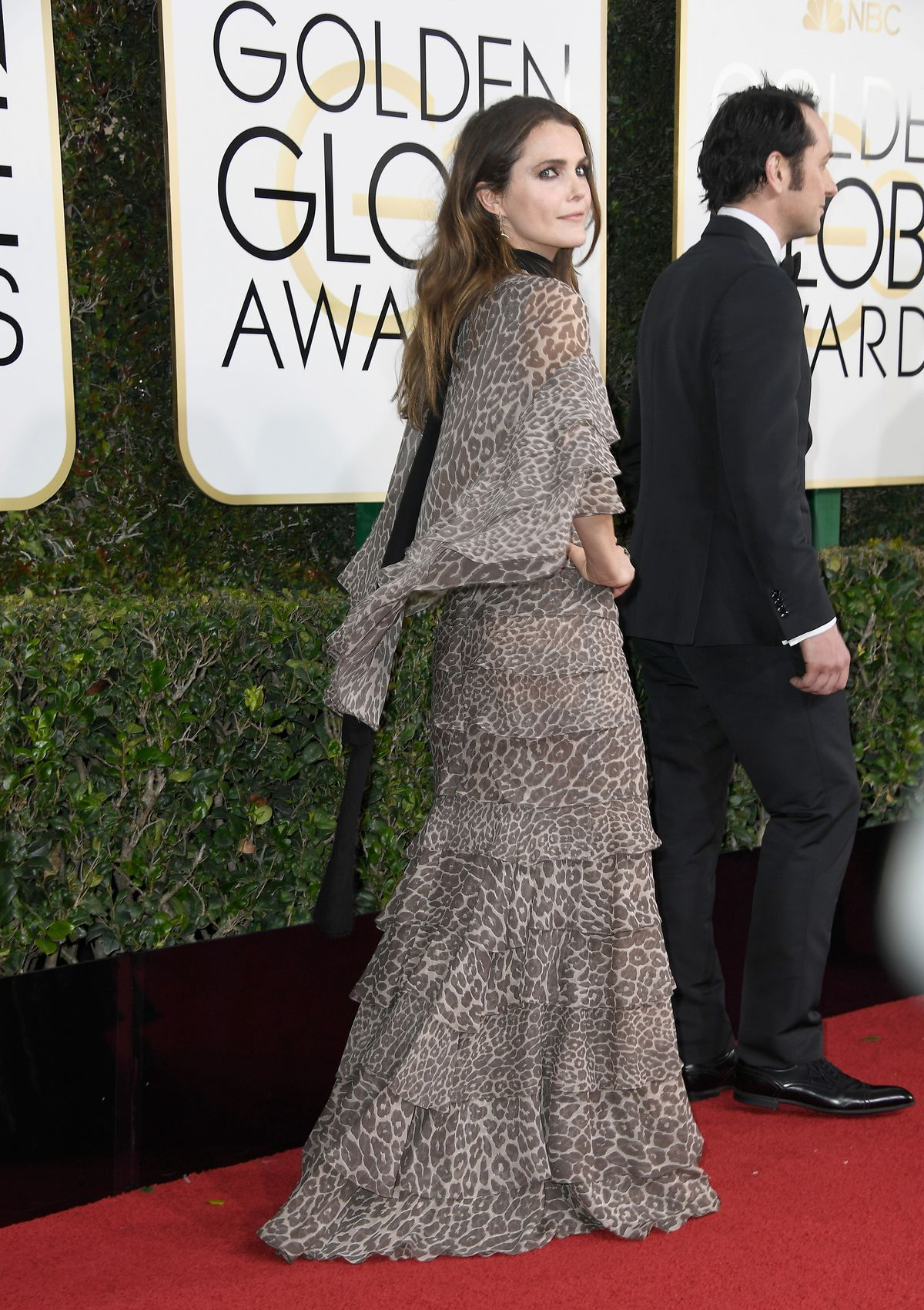 Keri Russell on the Golden Globes red carpet