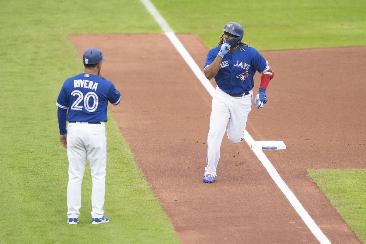 MLB: JUL 16 Rangers at Blue Jays