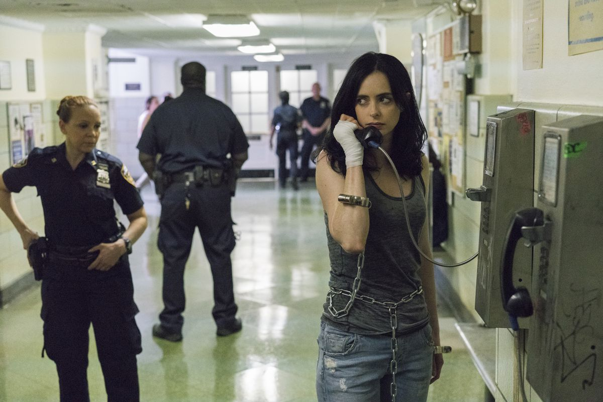 Season 2 Review Of Jessica Jones Struggles To Find Its Center The Circuit Breakers Service Billie Girl Image Netflix
