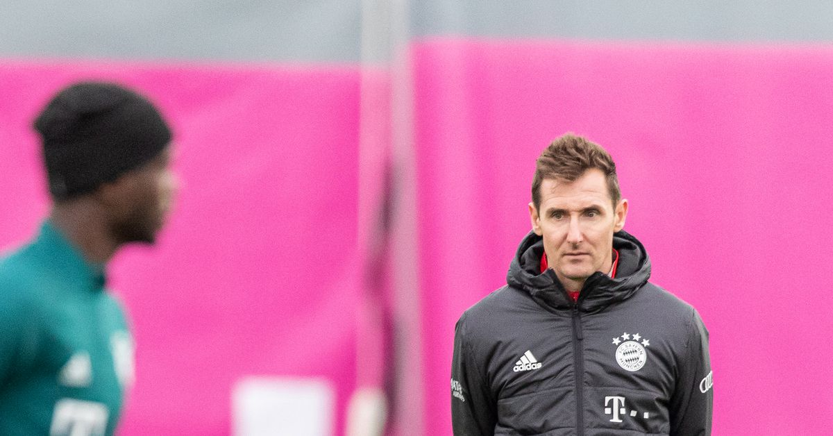 Miroslav Klose explains why Bayern Munich's Robert Lewandowski is better than Ciro Immobile - Bavarian Football Works