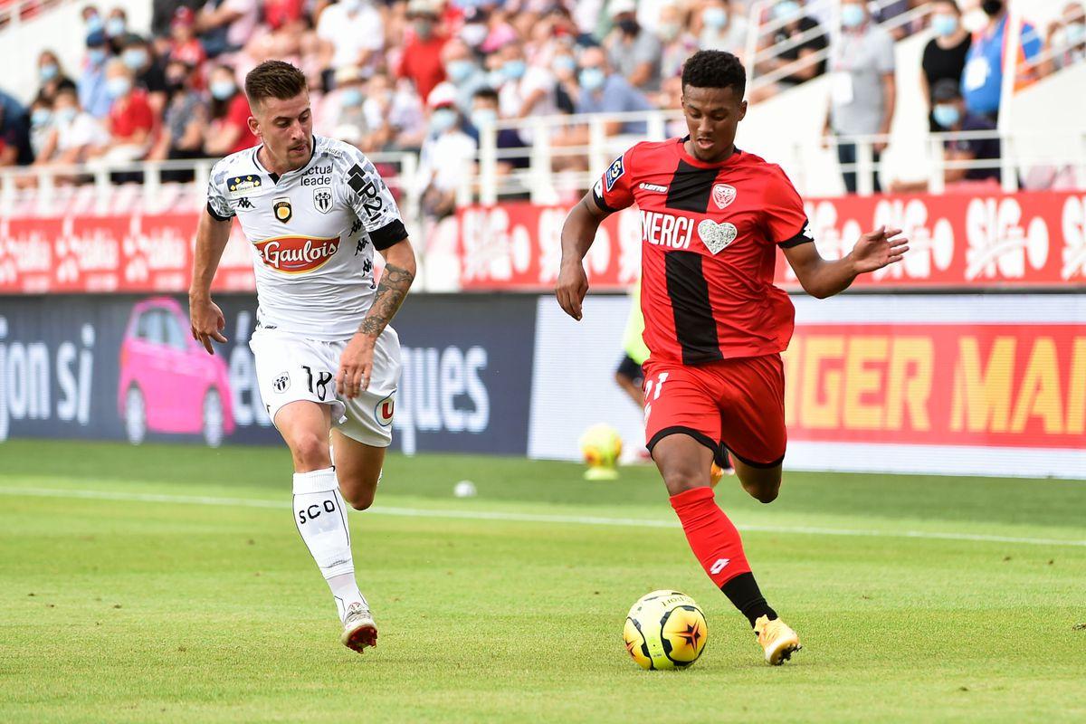 Dijon Football Cote-d'Or v Angers sporting club de l'Ouest - Ligue 1
