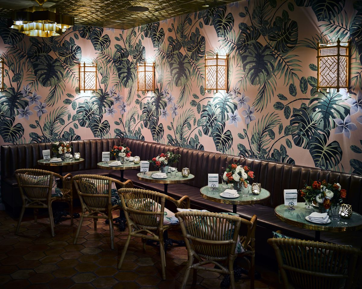 Tropical wallpaper in the dining room at Leo's Oyster Bar