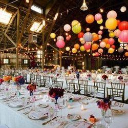 "Image via <a href=""http://www.pinterest.com/pin/31384528625780762/"">Rustic Wedding Chic</a>/Pinterest"