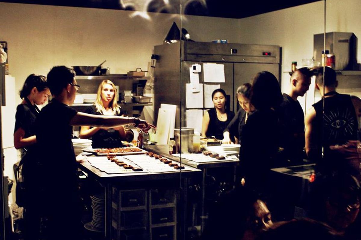 Join Hidden Apron and Lola Rosa for a special benefit dinner.