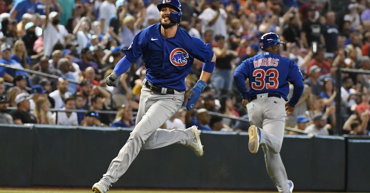 Kris Bryant doing fine after leaving game with 'heavy legs' vs. Cardinals