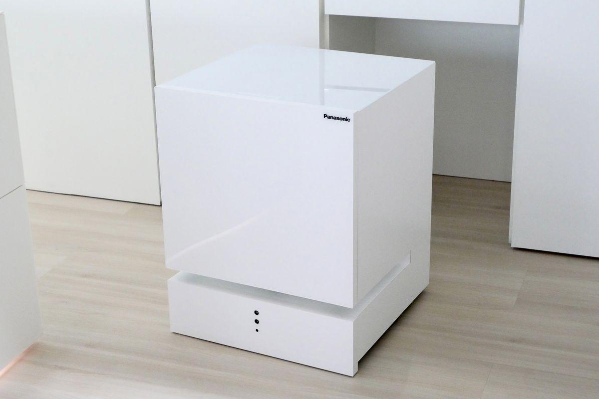 Panasonic\'s robot dryer and LG\'s smart fridge would look terrible in ...