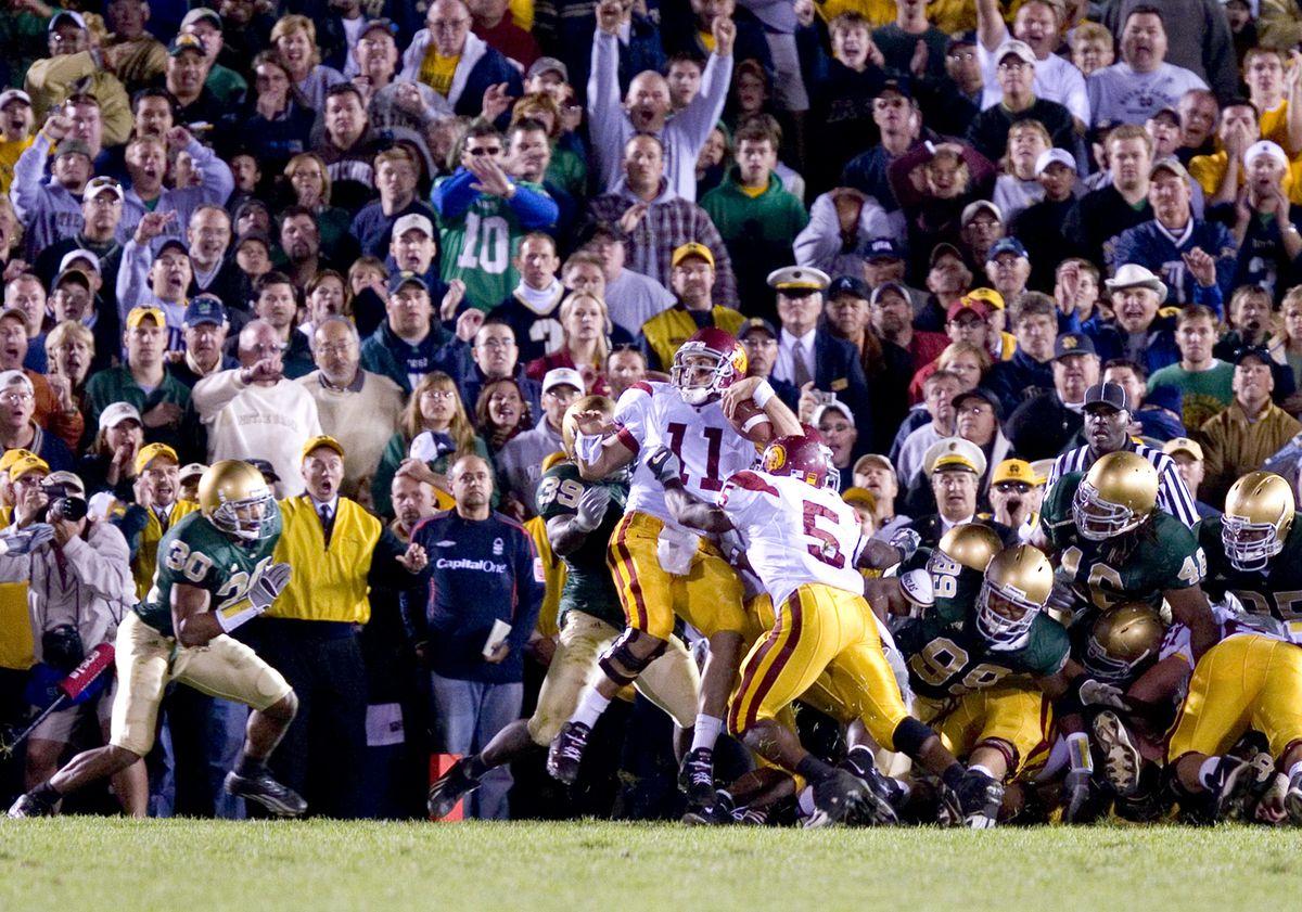 Football - NCAA - Notre Dame vs. USC