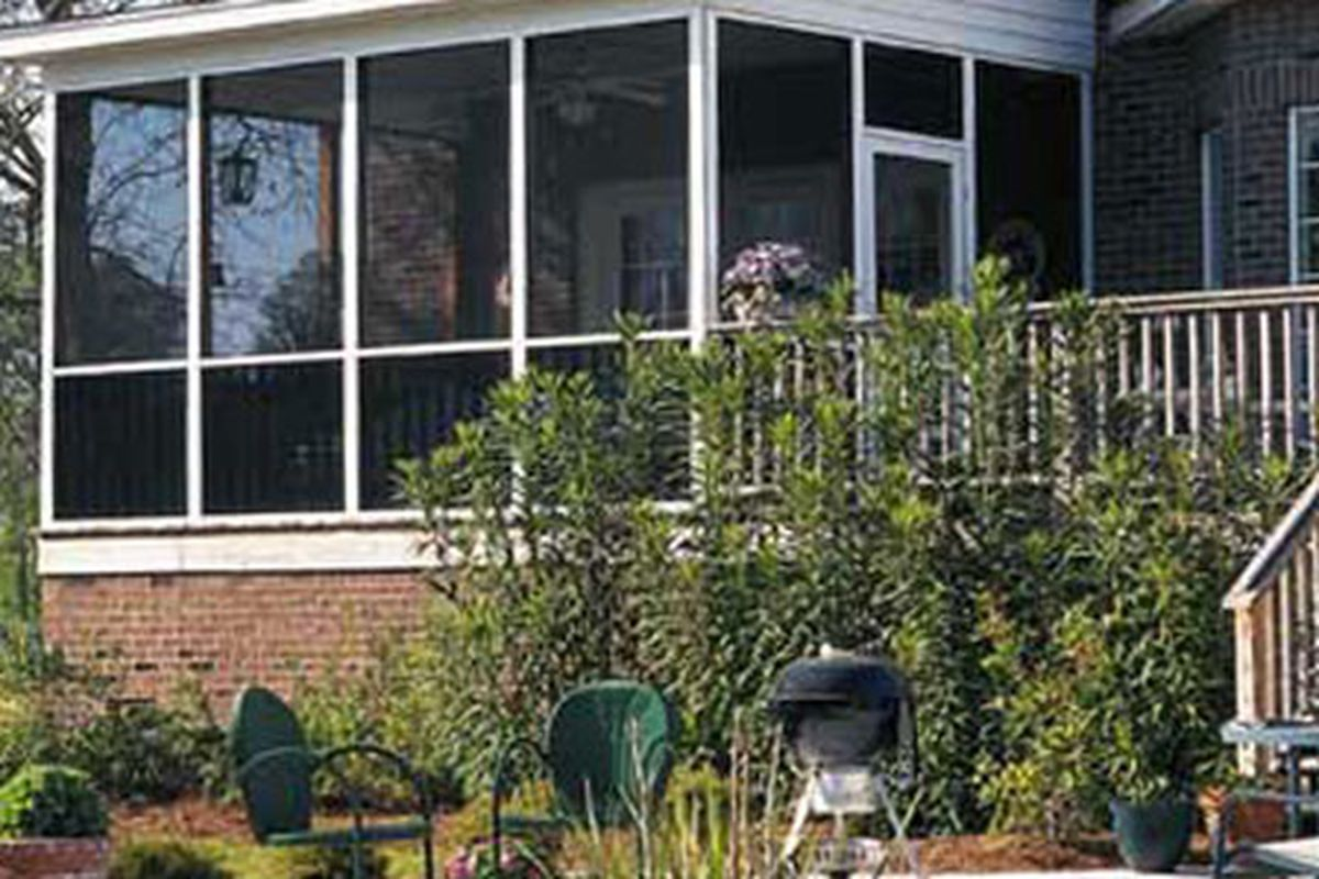 House With Screened In Porch