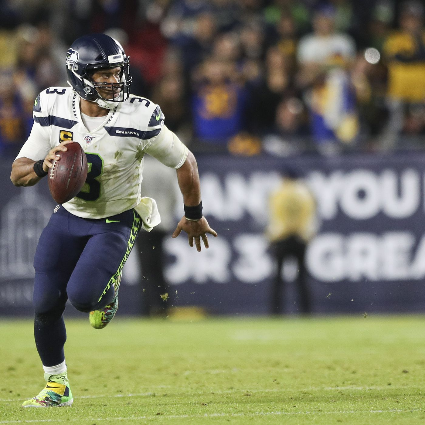 Neanderball Seahawks Can T Survive A Mediocre Game By Russell Wilson Field Gulls