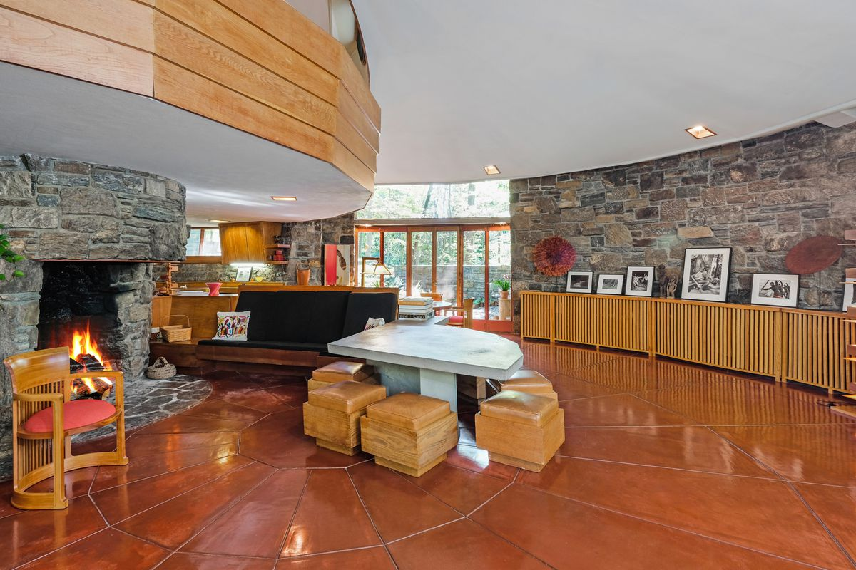 Frank Lloyd Wright Home With Mushroom Roof Asks 1 5m Curbed